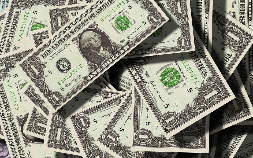 ¿Por qué el papel moneda no pierde su aroma u olor?